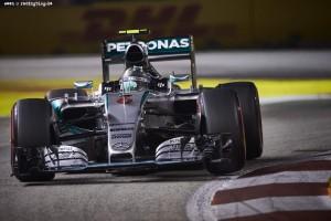 F1_Race_Singapur_2015_18