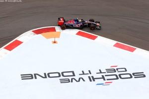 F1_Russia_Race_2015_08