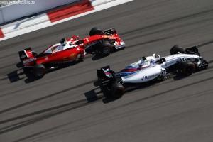 F1_Race_Russia_2016_14