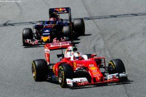 F1_Race_Spain_2016_07