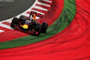 F1_Race_Austria_2016_12