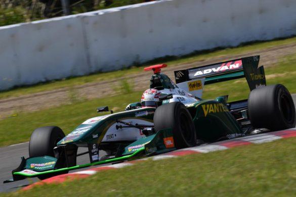 Super Formula: Naoki Yamamoto gewinnt wildes Rennen im Sportsland Sugo